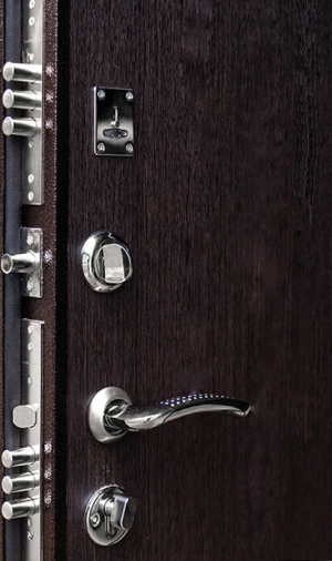 Входная дверь Ратибор Практик  венге